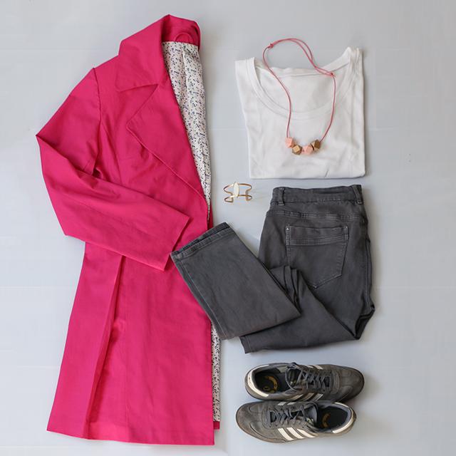 Pink-Outfit-2-Schneidersitz